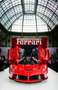 Bow down to LaFerrari: Ferrarilaferrari Carsbeautiful, Sports Cars, Laferrari Sport Cars, Dream Cars, Auto, Bow, Ferrari, Ferrari Laferrari
