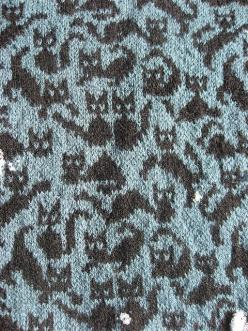 Cat pattern. Haha -love it. Though I love cats, I don't usually like cat themed items, but I'll make an exception!: Cat Pattern, Cats, Knitting Patterns, Crazy Cat, Knit Sock, Black Cat