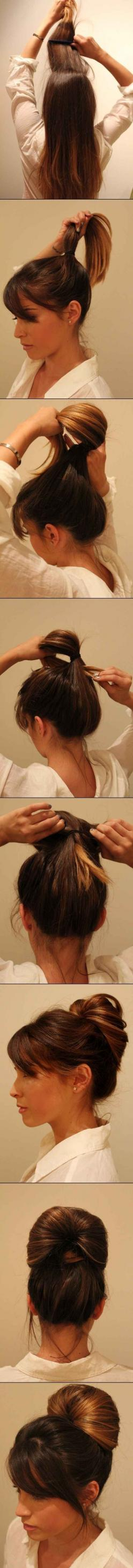 Cet élégant chignon prend seulement une minute à réaliser et donne l'air suffisamment pro pour pouvoir être porté au travail.: Up Dos, Hairstyles, Hair Styles, Hairdos, Hair Tutorial, Long Hair, Hair Do, Updos