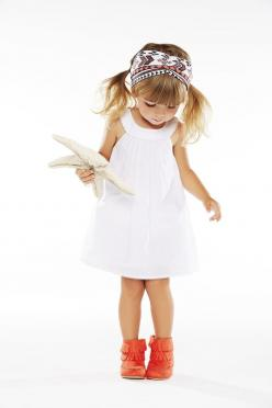 Check out our shopping guide for moms.: Kids Style, Baby Moc, Kardashian Kids, Kids Fashion, Little Girl Outfit, Baby Girl, White Dress, Girls Outfit, Fashion Girl