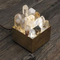 Crystal lamp box / For the crystal lover hostess: Crystal Nightlight, Crystal Lover, Lightbox, Crystal Lampbox, Crystals And Stones Decor, Crystal Lamps, Lamp Box