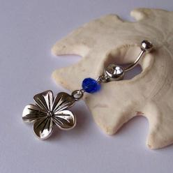 Cute flower belly button ring: Belly Rings, Fashion, Button Piercings, Belly Button Rings, Bellybutton Rings, Buttons, Flower Belly, Bellyrings