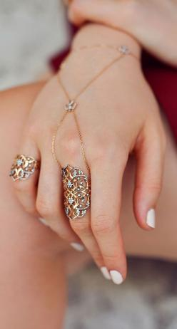 delicate jewellery: Jewellery Chains, Jewellery Rings, Beautiful Rings, Box Delicate Jewelry, Hand Chain, Hand Jewelry Rings, Box Delicate Jewellery, Style Fashion