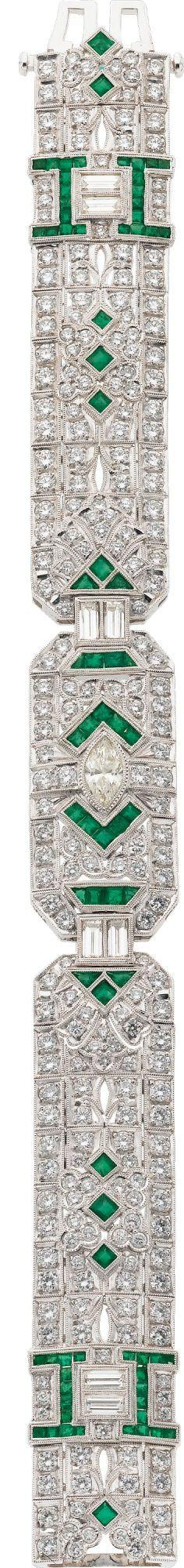 Diamond, Emerald, White Gold Bracelet  PLEASE TELL ME THIS IS ACTUAL SIZE ( i'm having a heart attack): Emeralds Diamonds, Gold Bracelets, Baguette Cut Diamonds, Art Deco Diamond, Deco Jewelry, White Gold, Diamond Bracelets