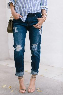DIY: distressed jeans: Boyfriend Jeans Style, Song Of Style, Demin Shirt Outfit, Outfit Archives, Fashion Style, How To Distress Jean, Boyfriend Jeans Outfits, Boyfriend Style Jeans, Distressed Jeans Outfits