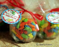 Dr. Seuss Fish Bowl Party Favor {this would be cute with goldfish crackers}: Party Favors, Seuss Fish, Seuss Party, Dr Suess, Dr. Seuss, Party Ideas, Dr Seuss, Baby Shower