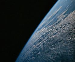 Earth from Apollo 7, vintagraph.com: Amazing Photography, From The, Space Galaxies, Space