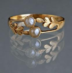 "EDWARDIAN Laureate Ring in Gold & Pearl ""A delicate ring symbolising honour & friendship."" British, c1905: Delicate Rings, Laureate Ring, Gold Pearl, Edwardian Laureate"
