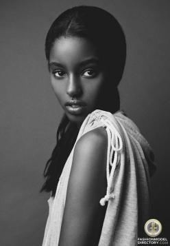 Ethiopian model Senait Gidey: Fashion Models, Senait Gidey, Beautiful Women, Posts, Beauty, Beautiful People, Photo, Black