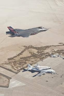 F-35 over Edwards AFB with the Space Shuttle and the SCA 747 in the background.: Shuttle Endeavour, Flight, Aircraft, F 35 Spots, Photo, Space Shuttle, F35
