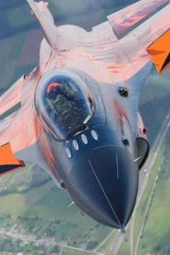 #F16demo #dutch | http://www.f16demoteam.nl: F16Demo Dutch, F 16, Aircraft Usa, Aircraft Air, Color, Airplane, F16 Aircraft, Escala Aviones, Aviones Helicopteros