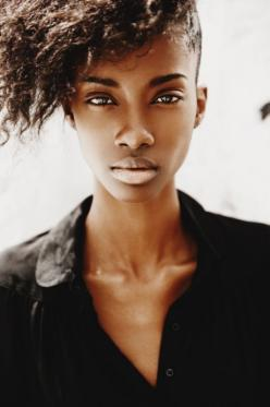 female black models - Google Search: Models, Crystals, Crystal Noreiga, Face, Fashion, Black Beauty, Beautiful, Natural Hair, Photo