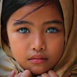 Girl (people, portrait, beautiful, photo, picture, amazing, photography)  --- VISIT http://stylewarez.com: Beautiful Eyes, Blue Eyes, Amazing Eyes, Beautiful Children, Young Girl, Beauty, Beautiful Faces