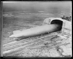 Graf-Zeppelin arriving in N.Y. for second time: Airships Zeppelins, Library Graf Zeppelin D Lz 127, Boston Public, Second Time, Public Library Graf Zeppelin, Public Libraries, Photo, Graf Zeppelin Arriving