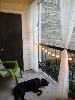 Great balcony decorations. Love the lights and curtains!: Balcony Decorations, Balcony Lights, Future Apartment, Balcony Curtain, Balcony Ideas, Apartment Living, Apartment Patio, Apartment Ideas, Apartment Decorating