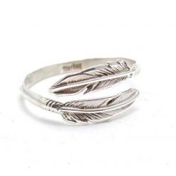 >> Navajo Native American Ring  >> Sterling Silver Feather Design >> Adjustable to fit as all sizes  >> Feathers are symbols of prayers, marks of honor or sourc: Child Of Wild, Freebird Navajo, Adjustable Ring, Children, Rings, Nav