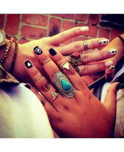 i absolutely love the whole 10 rings on each hand thing..i think it ties an entire outfit together: Style, Coachella, Nailart, Festival, Rings Nails, Beauty, Accessories, Nail Art