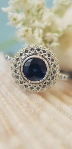 I adore this stunning sapphire!: Dream Ring, Vintage Inspired Halo, Sapphire Center, Beauty, Sapphire Alvadora, Halo Engagement Rings