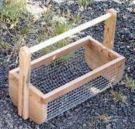 I am definately making a couple of these! DIY Veggie Hod-Garden Basket-use it as you pick, then use the hose to wash veg right in the basket.: Green Thumb, Idea, Pick Veggies, Garden Basket, Veggie Basket, Gardening Outdoor, Baskets
