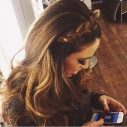 I could do this then curl the rest: Cute Hairstyle, Hair Styles, Hair Makeup, Braided Headbands, Hair Color