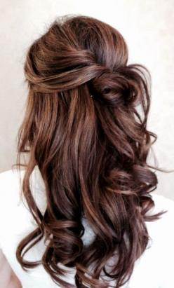 I love this look, maybe not for a wedding but for another special occasion. Wedding hairstyle - Weddings: Hair Ideas, Wedding Hair, Hairstyles, Hair Colors, Half Up, Hair Styles, Haircolor, Makeup