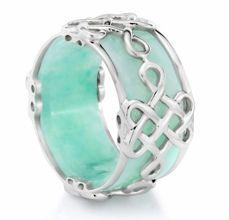 Jade ring with silver detail: Bing Bing, Clothes Style, Amazing Products, Clothes Beauty, Amazing Whoa, Silver, Jade Rings, Bling Alinga, Bling Bling