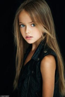 Kristina Pimenova is just nine years old but has become a worldwide sensation after pictur...: Girls, Belleza Inocente, Kristina Pimenova, Kristinapimenova, Beautiful Children, Kids, Beauty, Photo