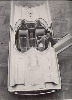 Lincoln Futura Show Car, 1956  future bat-mobile can you see it: American Cars, Cars 1950 1974, Dream Cars, Cars Brum Brum, 1956 Lincoln, Lincoln Futura, Concept Cars, The Originals