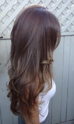 long layers. Subtle highlights. Hmmmmm! #hair #beauty #hairstyles: Hairstyles, Hair Colors, Hair Styles, Haircolor, Long Hair, Hair Beauty, Hair Makeup, Haircut