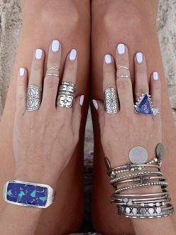 Love the ring on the right hand, first finger.  http://www.thefifthelementlife.bigcartel.com/product/inspiration-mandala-ring: Bracelet, Fashion, White Nails, Jewelry, Accessories, Bling Bling, Rings On Hand