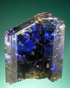 Magnificent Untreated Tanzanite, discovered in Tanzania in 1966: Gemstones, Magnificent Untreated, Crystals Gems, Gems Minerals, Rocks Gems, Crystals Minerals, Untreated Tanzanite, Minerals Gems