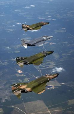 McDonnell Douglas F-4 Phantom II:: Airplanes Jets Helicopters, F 4 Phantom, Jets Airplanes Helicopters, Jets Planes Aircraft, Phantom F4, Military Airplanes, Phantom Ii, F4Phantom