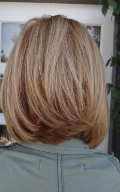 medium length hair. Love the cut @cheryl ng ng ng ng Lynn this is what you need in the back!!: Short Hair, Haircuts, Hairstyles, Medium Length, Hair Styles, Hairdos, Hair Cuts, Long Bob, Hair Color