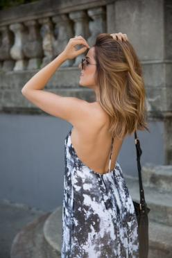 Mid length / shoulder length brown hair with blonde and caramel highlights: Hair Colors, Caramel Hair Colour, Print Maxi Dresses, Haircolor, Hairstyle, Hair Style, Hair Length, Beauty Blog
