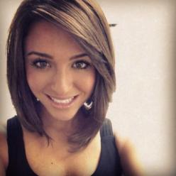 oh LOVES this. trying to grow my hair out, but think i may do this in the process to get it all one length!: Short Cut, Hairstyles Color, Medium Length, Hair Styles, Hair Do, Hair Cut, Haircut, Long Bob
