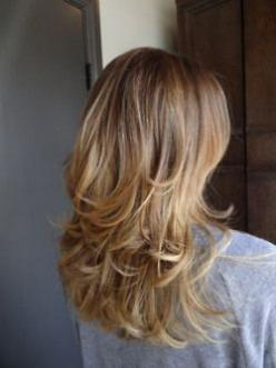 Okay, I never pin hair stuff because I really don't care that much, but this is how I'll cut my hair next. Better save for reference.: Layered Cut, Hairstyles, Hair Styles, Hairdos, Hair Do, Hair Cut, Haircut, Hair Color