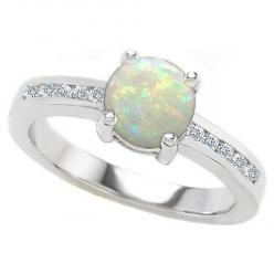 Opal engagement rings, a great alternative to that old diamond ring that every one gets.: Opal Engagement Ring, Everyday Ring, Cute Ideas, Http Prettyweddingidea With, Opals So