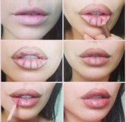 Picture Tutorial: Secret to making lips look bigger? These lip plumping glosses, paired with brown lip liner.: Make Up, Beauty Tips, Lip Tutorial, Makeup Tips, Angelina Jolie, Bigger Lip, Lip Liner, Fuller Lips, Kylie Jenner
