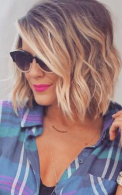 pretty blonde short hair inspiration Repinned By Live Wild Be Free https://www.livewildbefree.com Australian Cruelty Free Lifestyle  Beauty Blog: Wavy Bob, Hair Cut, Hairstyle, Hair Style, Haircut, Hair Color
