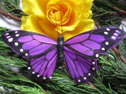 Purple Feather Butterflies Lilac Butterfly Artificial: Beautiful Butterflies, Purple Butterflies, Yellow Rose, Nature, Purple Butterfly, Flowers, Animal
