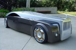 Rolls-Royce Apparition Designed by Jeremy Westerlund, the Rolls-Royce Apparition simultaneously unites the historical chauffeur-driven carriage with the futuristic streamlined supercar form. Including the manufacturer's massive trademark grille, this 23-f