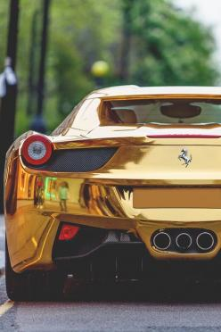 Saiba como declarar  a compra e venda de veículos no IR: Gold Ferrari, Ferrari 458, Luxury Cars, Cars, Dream Cars, Gold Chrome