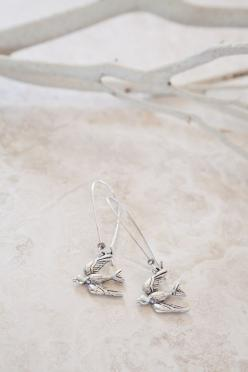 Silver Plated Flying Bird Earrings: Ornata Jewelry, Flying Birds, Plated Flying, Earrings Silver, Bird Earrings, Bird Jewelry