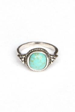 Silver Torquoise Ring -- Andrea's Blog: Brandy Melville Fashion: Brandy Melville, Style, Stone Rings, Jewelry, Turquoise Stone, Turquoise Rings, Silver Turquoise