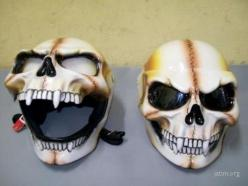 Skull Helmet- gotta think peripheral vision would be problematic but it's still cool. Don't cha think?: Motorcycles, Skulls, Helmet Design, Bikes, Awesome, Motorcycle Helmets, Skull Helmet, Bike Helmets