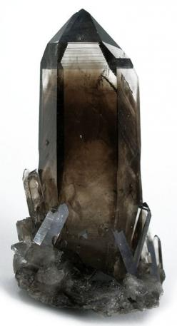 Smoky quartz is an excellent stone for removing negativity of any kind and transforming them to positive energy. Very protective and grounding stone. Brings physical and mental protection and protection from negative energy. It enhances survival instincts