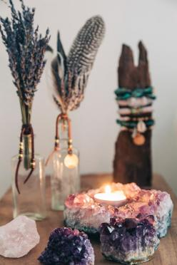 SoulMakes Blog - Caught in a Dream / Sacred Spaces <3: Boho Decoration, Hippie Decoration, Sacred Space, Boho Candle