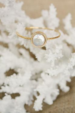 Squeal-worthy jewels by Bahgsu. I am seriously in love with this designer. Loving everything here but especially those adorable petit turquoise knuckle rings!!!!: Jewelry Pearl, Dainty Wedding Ring, Pearl Wedding Ring, Dainty Gold Ring, Dainty Ring