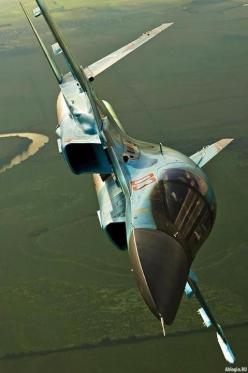 Su-34 Fighter Jet awesome shot @ tonygqusa I follow back: Curve, Airforce, Aviation, Airplane, Su34, Fighter Jets, Military