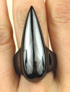 Talon ring. by Leviticus on Etsy: Bracelets Rings, Accessories Jewelry, Leviticus Jewelry, Black Accessories, Goth Rings, Black Talon, Adornment